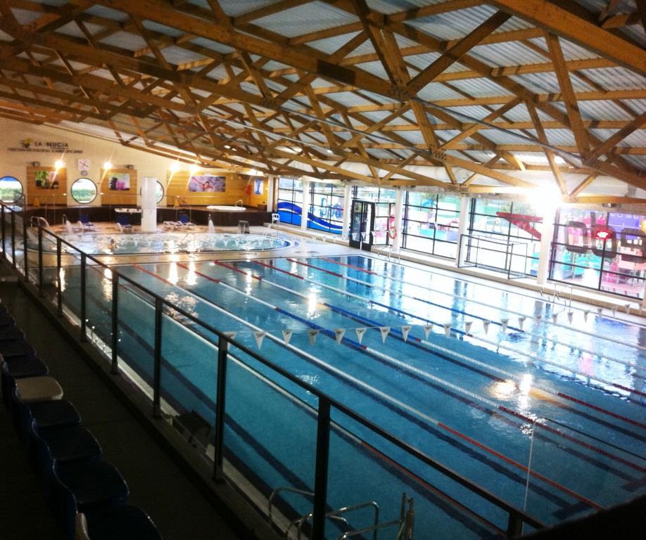imagen_piscina_lateral